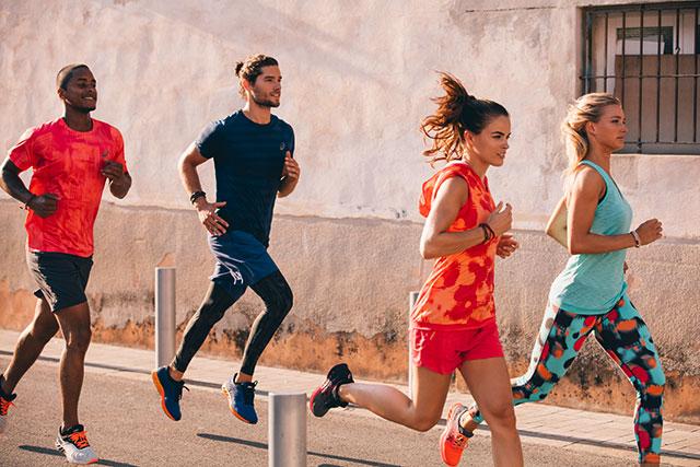 Laufbekleidung von Asics | bis 50% reduziert | Jogging Point