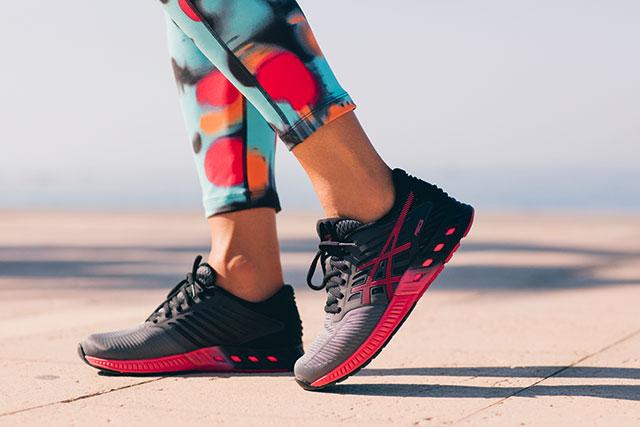 Laufschuhe von Asics | bis -50% reduziert | Jogging-Point